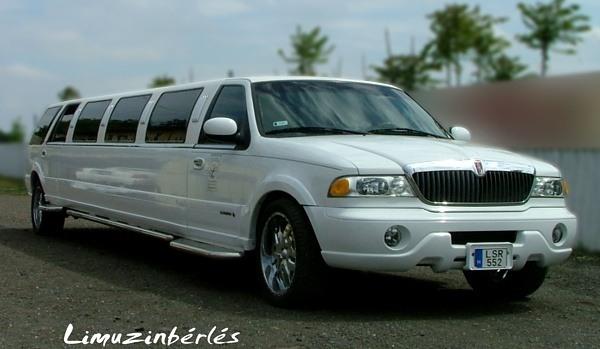 Lincoln Navigator limuzin kölcsönzés