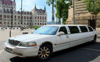 Lincoln town car limuzin fehér