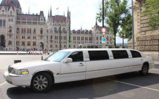 Lincoln town car limuzin Parlament fotózás