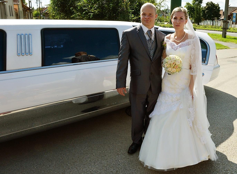 Esküvői autóbérlés, limuzin a nagy napra