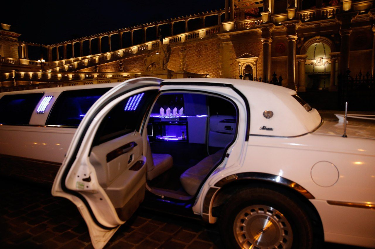 PLS partylimuzin-limuzin bérlés olcsón-kép