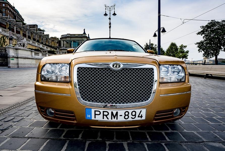 PLS partylimuzin-Bentley limuzin kép
