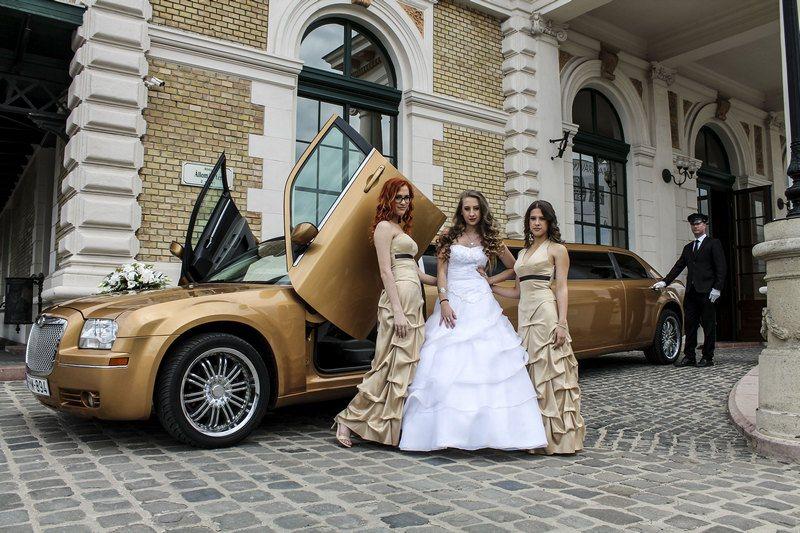 PLS Partylimuzin esküvői autó kölcsönzés Budapesten kép