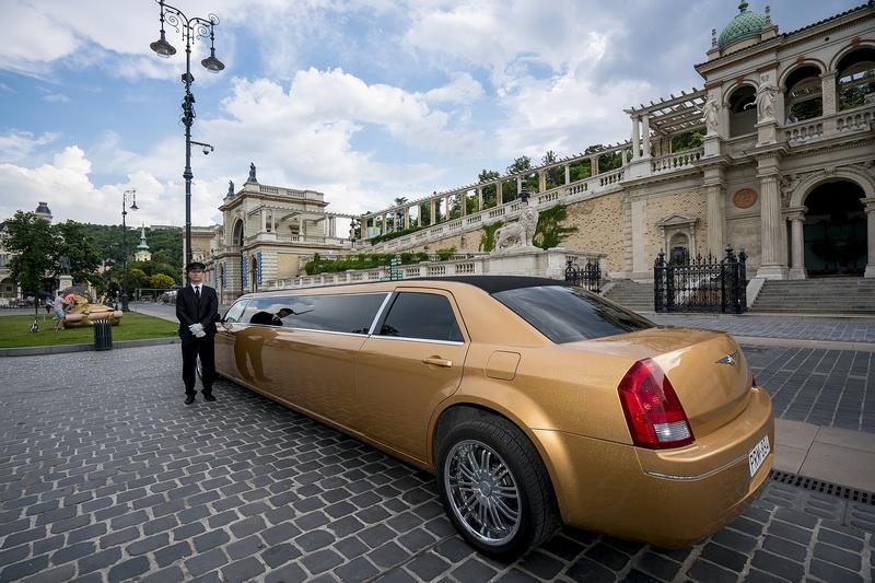 PLS Partylimuzin-luxusautó bérlés Budapesten-kép